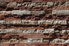 Muro di mattoni antico fotografia stock libera da diritti