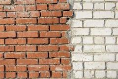 muro di mattoni bianco Rosso e Fotografia Stock