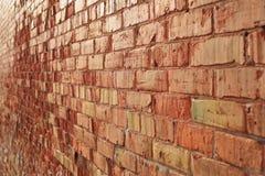 Muro di mattoni che retrocede fotografie stock