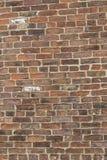 Muro di mattoni dal vecchio mattone fotografia stock libera da diritti