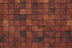 Muro di mattoni floreale dell'argilla del modello Fotografia Stock