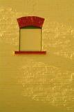 Muro di mattoni giallo Fotografia Stock Libera da Diritti