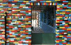 Muro di mattoni multicolore dell'isola di Burano, Italia Fotografia Stock Libera da Diritti
