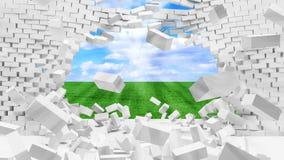 Muro di mattoni rotto con il bello paesaggio dietro Immagini Stock Libere da Diritti