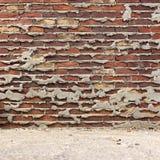Muro di mattoni scuro molto vecchio Fotografie Stock Libere da Diritti