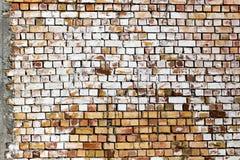 Muro di mattoni su un cantiere come fondo Fotografie Stock