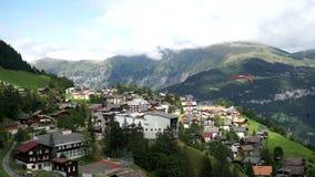 Murren is een traditioneel bergdorp in het Kanton van Bern, Zwitserland Maakt deel uit van het skigebied Jungfrau stock footage
