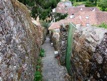 Murs antiques de forteresse dans les Frances Photo stock