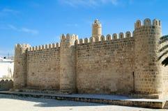 Murs antiques en pierre de la Médina de Sousse photos stock