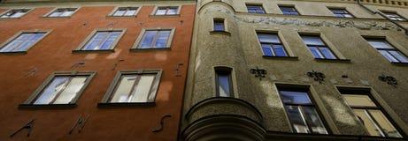Murs colorés de vieux Stockholm Photos libres de droits