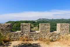 Murs de château d'Angelokastro Image stock