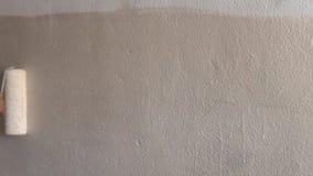 Murs De Peinture Avec Un Rouleau Clips Vidéos