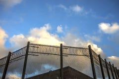 Murs de prison et barrière de sécurité Peterhead, Ecosse photos libres de droits