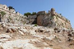 Murs du fort vénitien de Rethymnon Photographie stock libre de droits