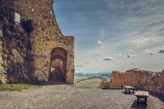 Murs enrichis par citadelle de Rupea photographie stock libre de droits