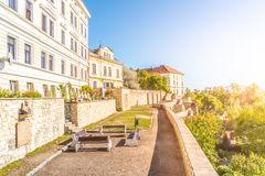 Murs et baileys de fortification au centre de la ville historique de Litomerice, République Tchèque photo stock