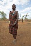 有身体纹身花刺的非洲妇女 库存图片