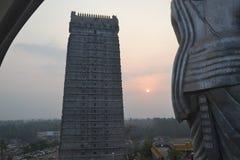 Murudeshwar希瓦寺庙和雕象-日出 库存照片