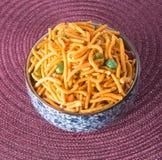 murukku或传统印地安快餐在背景 库存图片