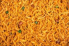 murukku или традиционные индийские chakli и chakali закуски на backgr стоковое изображение rf