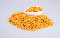 murukku oder traditionelles indisches Snack chakli und chakali auf backgr Lizenzfreies Stockbild