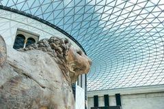 Musée britannique Hall avec le lion Photo stock