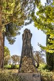 Musée d'holocauste de Jérusalem Israël le 14 septembre 2017 Yad Vashem dans le jardin de sculpture Sculpture donnée et faite par  Photographie stock libre de droits