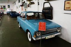 Musée de phaéton des voitures URSS et Etats-Unis de cru photos stock