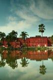 Musée de Sonargaon et les nuages Images stock