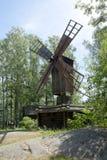 Musée en bois rustique Seurasaari, Helsinki de moulin en plein air Images libres de droits