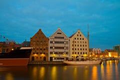 Musée maritime central à Danzig la nuit photo stock