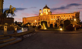 Musée Wien de Naturhistorisches sur le coucher du soleil en Autriche Image libre de droits