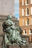 Musa av poesi på Krakow den huvudsakliga fyrkanten Fotografering för Bildbyråer