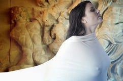 Musa Griekse mythologie. Wijfje met witte sluier stock foto's
