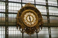 Musee D'orsay时钟在巴黎,法国 库存图片