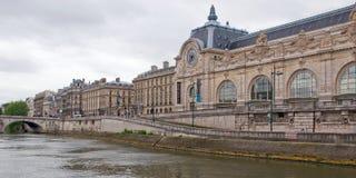 Musee d'Orsay du fleuve de Seine Images libres de droits