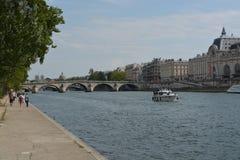 Musee d'Orsay, Fluss die Seine, Paris, Frankreich Stockfotografie