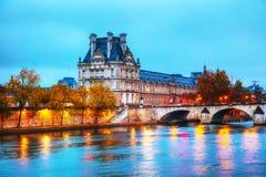 Musee du Louvre Louvre museum i Paris, Frankrike Fotografering för Bildbyråer