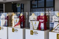 Museet av Real Madridfotbollklubban kuper och tilldelar klubban Royaltyfri Bild