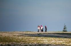Muselmankvinnor på stranden Royaltyfria Bilder
