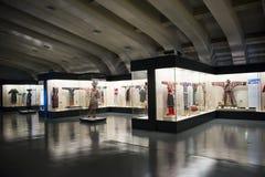 Museo asiatico di cinese, di Pechino, delle donne e dei bambini, il costume nazionale di mostra del hallï del ¼ delle donne dell' Fotografie Stock Libere da Diritti