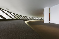 MUSEO DE ARTE CONTEMPORÁNEO DE NITEROI, RIO DE JANEIRO, EL BRASIL - NOVEMB Imágenes de archivo libres de regalías