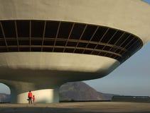 Museo de arte del contemporáneo del ³ i de Óscar Niemeyerâs Niterà Foto de archivo