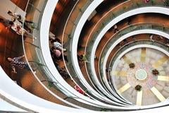 Museo de la escalera espiral en la Arabia Saudita imágenes de archivo libres de regalías
