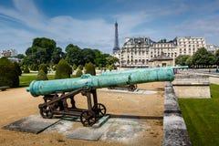 Museo de la historia de la guerra de Les Invalides en París fotografía de archivo libre de regalías