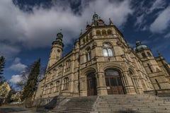 Museo de Liberec en día soleado del invierno Imagen de archivo libre de regalías