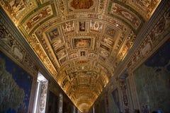 Museo de Vatican dentro del sitio Roma de la correspondencia fotos de archivo