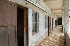 Museo del genocidio de Tuol Sleng en Phnom Penh fotografía de archivo