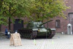 Museo del tanque en las fuerzas armadas de arma en Oslo noruega foto de archivo