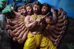 Museo della caverna di Murudeshwar, il Karnataka, India: 25,2018 augusti: Aggressione di Ravana fotografie stock libere da diritti
